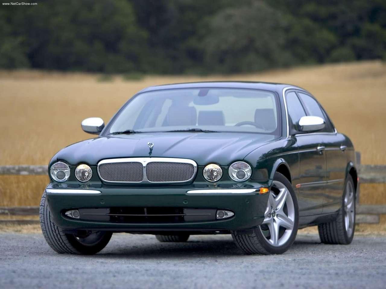 http://2.bp.blogspot.com/-L9Vrqz5sFm0/TZlj73KjNCI/AAAAAAAACgc/-KLVOA6fn58/s1600/Jaguar-XJ_Super_V8_2005_1280x960_wallpaper_03.jpg