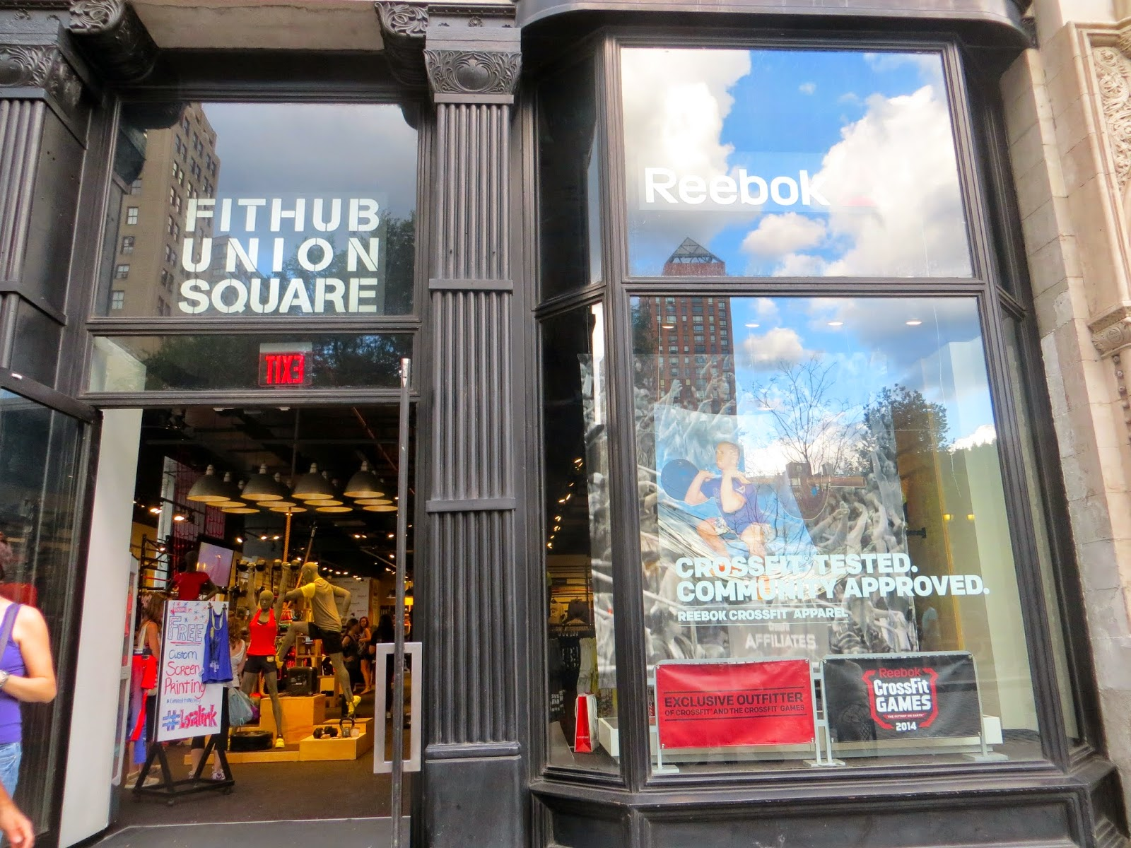 Reebok Fit Hub Store Crossfit Gym Opens In New York City Interior Design Shops Nyc Dare You To.