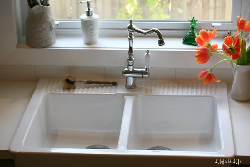 Ikea Farmhouse Sink : Mine is still very white and shiny! One thing I love about it also is ...
