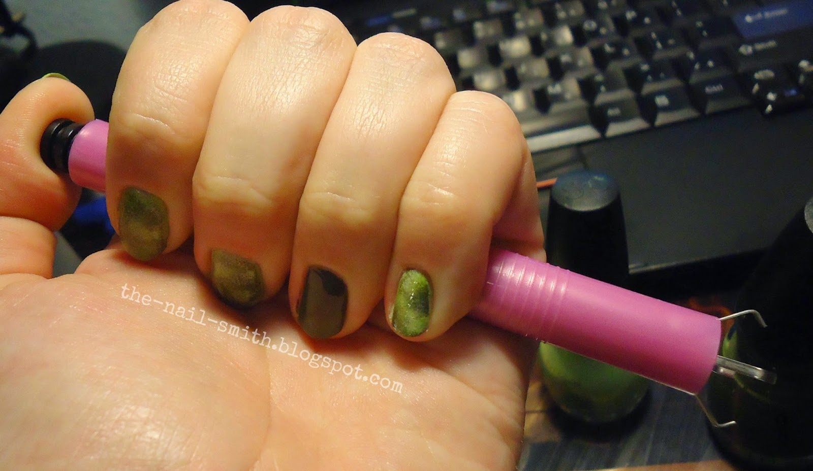 The Nail Smith: Mushi-Shi nails and A COOL NEW METHOD (to me)
