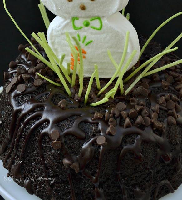 Easter cake decorating jumbo bunny Peep 3