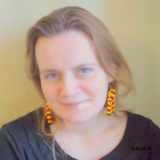 Colorful Dangle Seed Bead Earrings