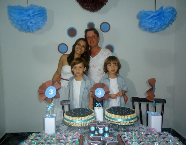 A festa caseira, barata e linda de 3 anos dos gêmeos Pietro e Pierre!