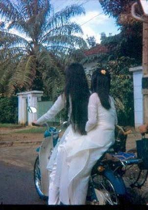 Áo trắng nữ sinh Sài gòn