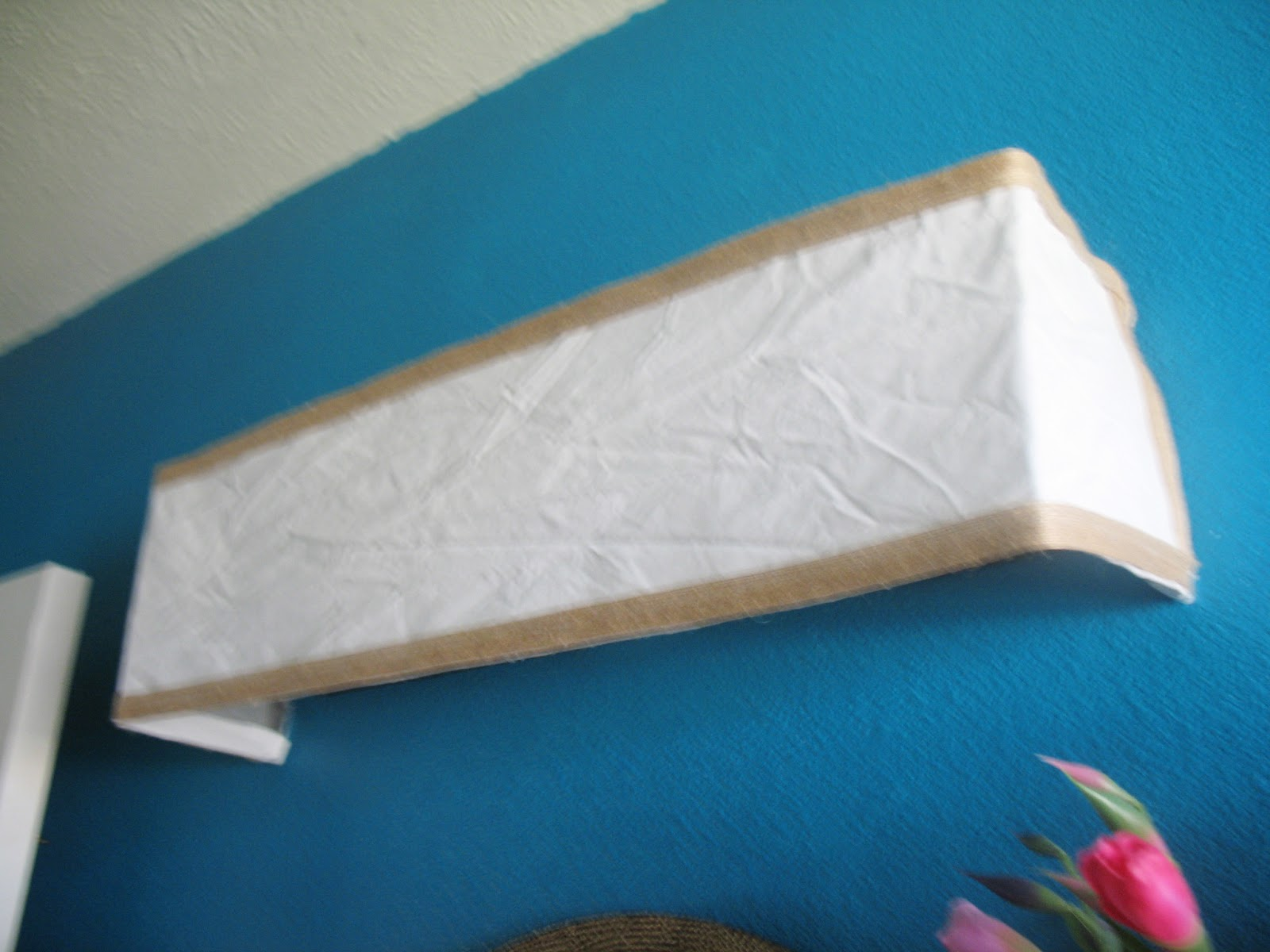 Diy Vanity Light Bar Shade : Shoestring Pavilion: Bathroom mini makeover