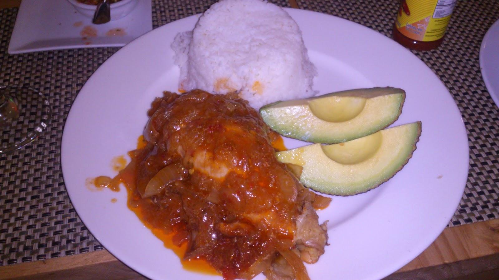 arroz con carne y aguacate