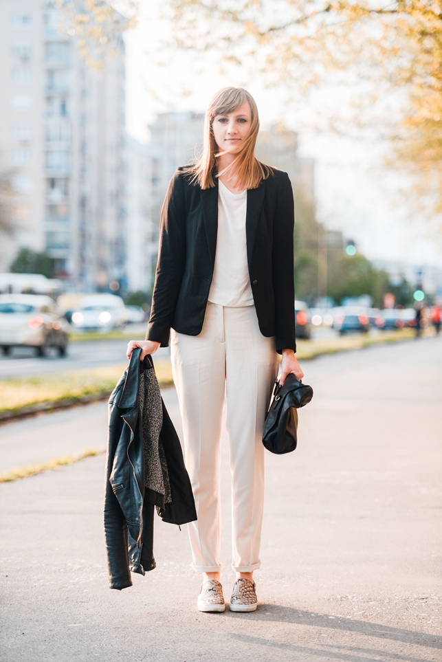 fashion week, slip on sneakers snake h&m, hm nude formal pants 2014, mango black blazer, style blogger, fashion blogger