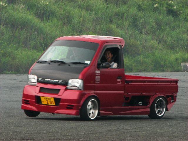 Suzuki Carry, japońska motoryzacja, kei car, mała ciężarówka, drifting, jdm