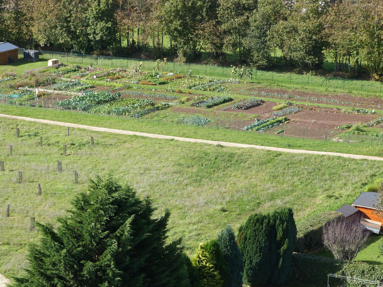 Les jardins familiaux de feunteun don 2012 10 14 for Jardin familiaux