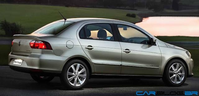 VW Voyage 2013 - visão lateral