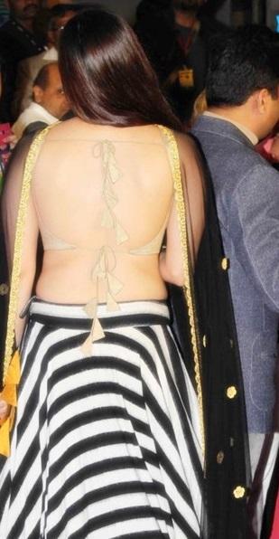 Mannara chopra backless