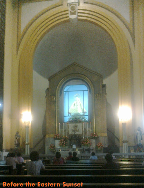 Devotees of La Naval praying inside Sto. Domingo Church