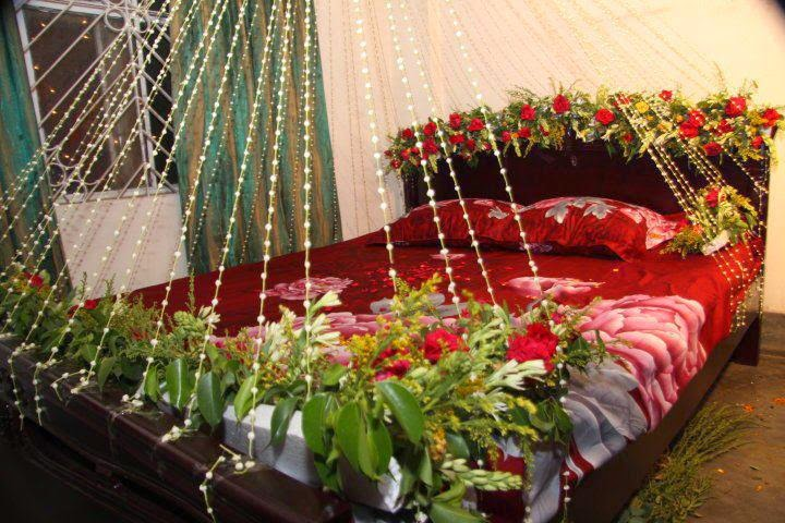 Romantic bedroom decoration ideas for wedding night for Asian wedding bed decoration ideas