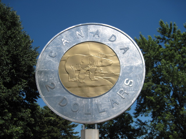 who designed the canadian $ 2 coin in honor of the coin designer-2.bp.blogspot.com