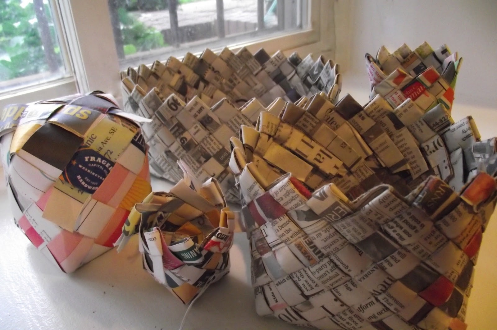How To Weave A Basket Using Paper : Make it and use making woven newspaper baskets