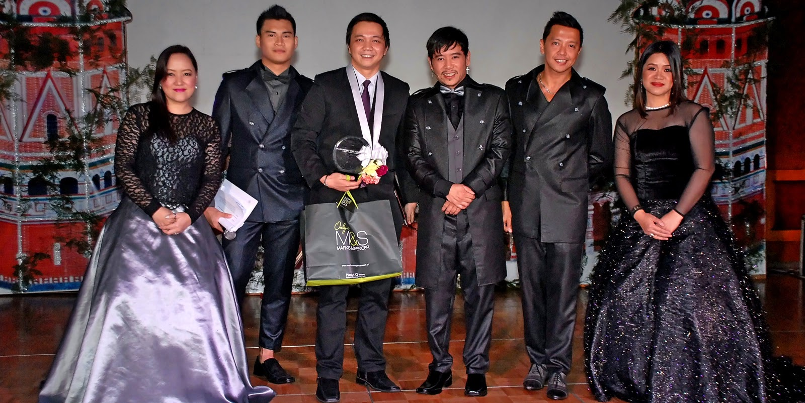 BroadwayWorld PH Receives an Award for Promoting Original Filipino Plays and Musicals
