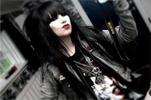 Black hair emo girl goth gothic pretty favim com 54317 large