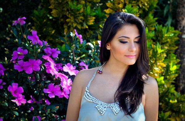 look romântico handmade - blusa com aplique de laço e pérolas