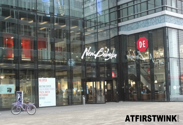 Entrance of the New Babylon shopping mall in the Hague
