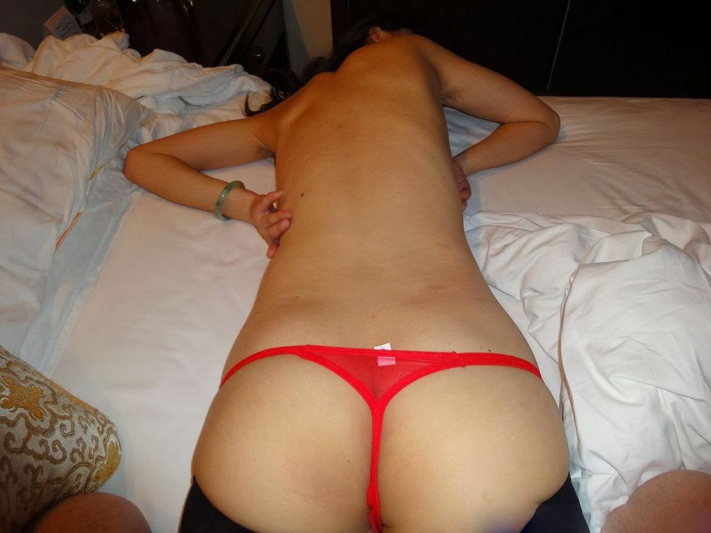 wearing bed panties in girls Asian