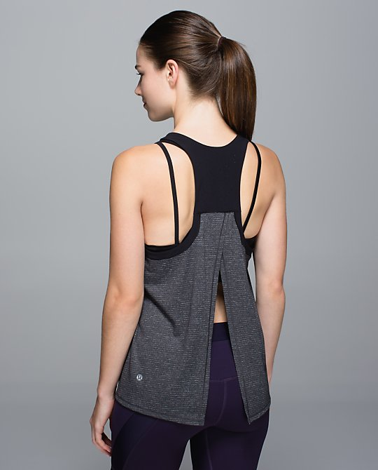 lululemon clip in tank back