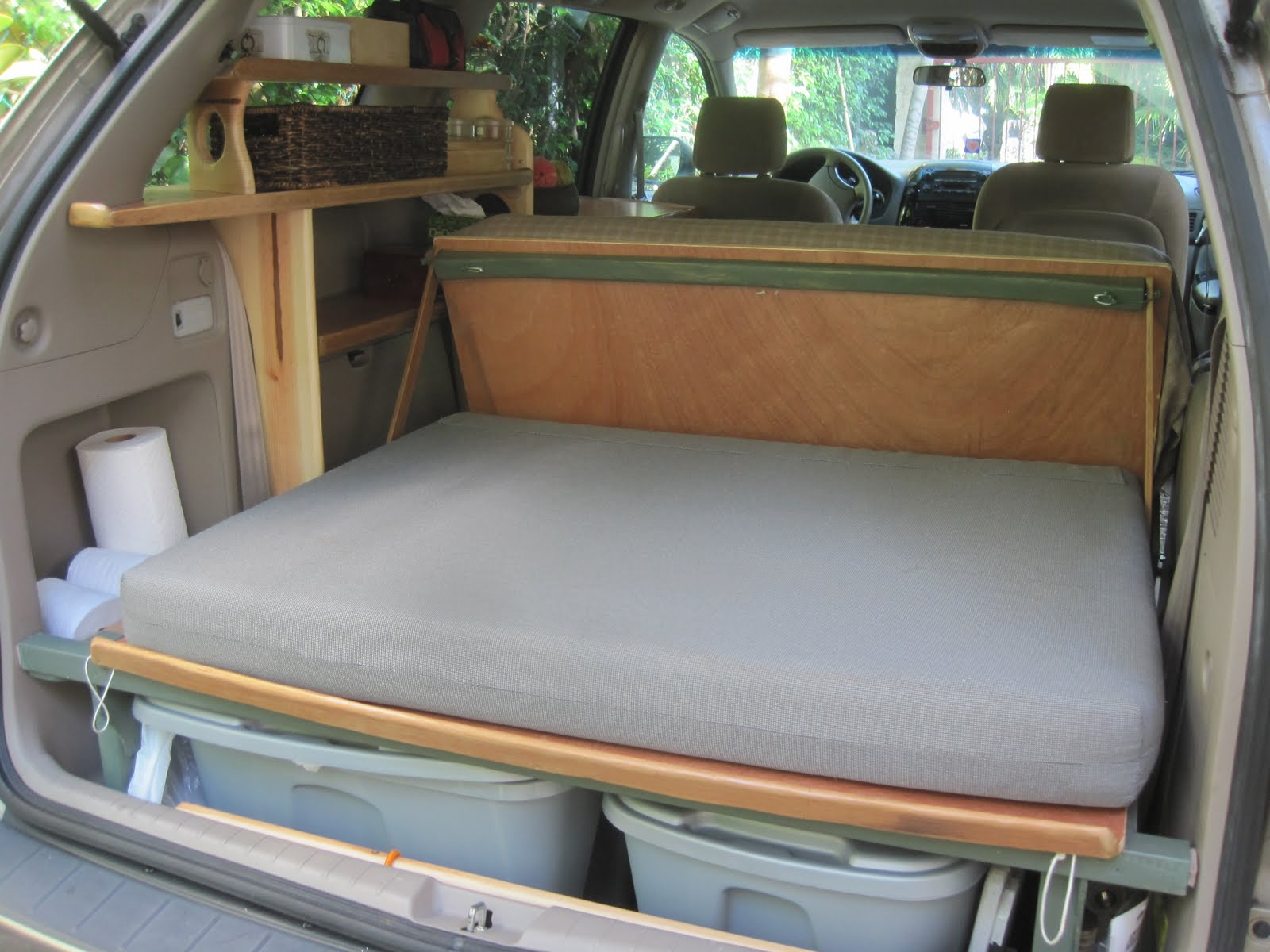 http://autoaddicts.net/diy-camper-van-conversions-motorhomes-insight