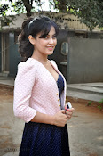 Disha Pandey Hot Photos at Manasunu Mayaseyake-thumbnail-19