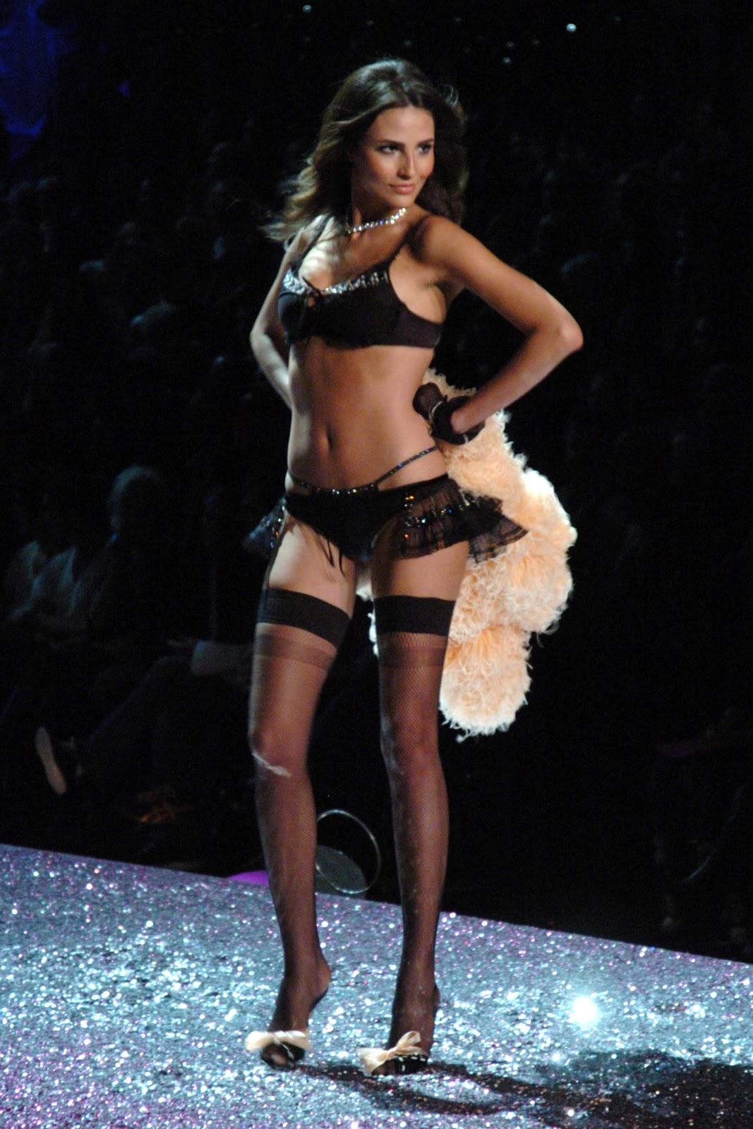 Victoria secret 2005 fashion show 28