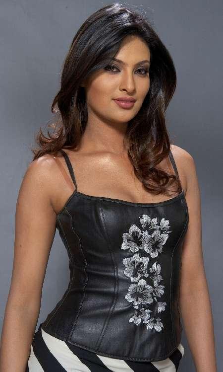 Sayali Bhagat - Photo Set