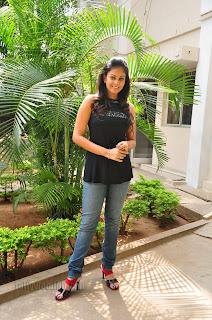 Chandini at kaalicharan premier show 002.jpg