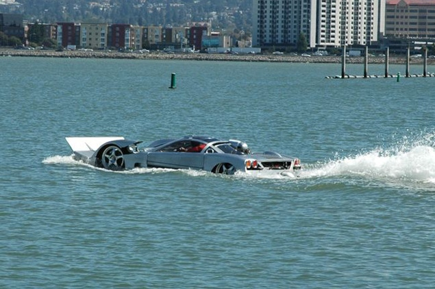Sea Lion waterproof car, World's fastest amphibious car, amphibious car capable of speeds, Sea Lion waterproof car picture, photo of Sea Lion waterproof car, Sea Lion waterproof car video, Sea Lion waterproof car design, world's fastest land sea vehicle, world's fastest land sea car, Sea Lion Guinness World Records, Sea Lion automotive design