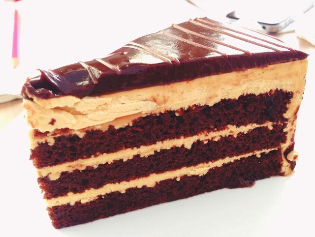 W39 Bistro & Bakery Salted Caramel Cake