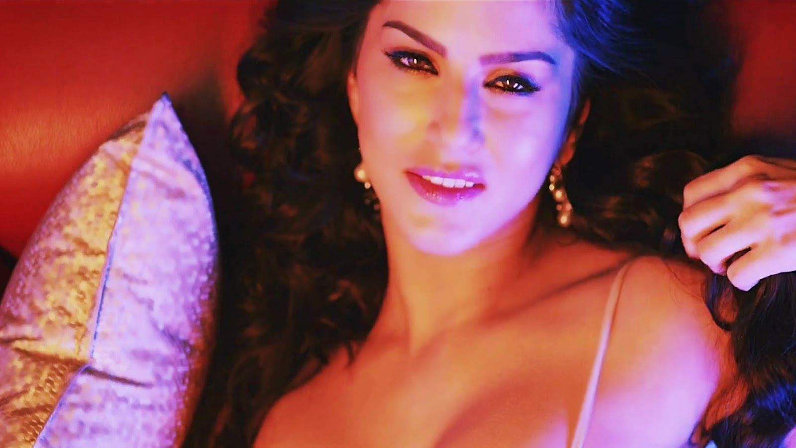 Sunny Leone HD Wallpapers | HD Wallpapers | Download Free