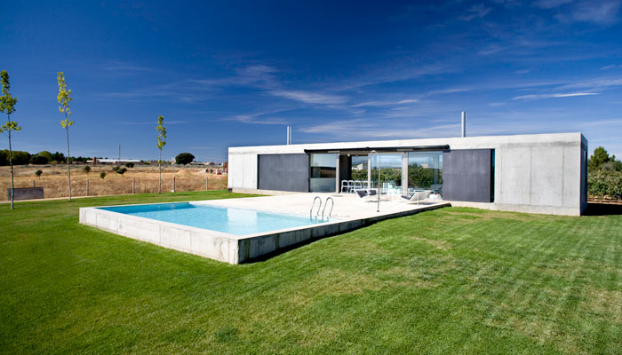 Minimalist architecture from spain modern design by for Minimalist house spain