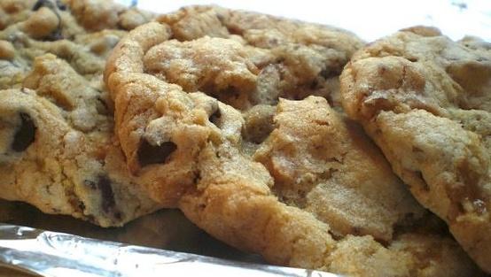Savithri's Sweet Treats: Best Eggless Chocolate Chip Cookies