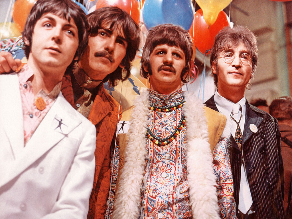In Their Later Psychedelic Era 1967 68 They Debuted The Bright Colored Style By Wearing Paisley Shirts Suits And Floral Patterns