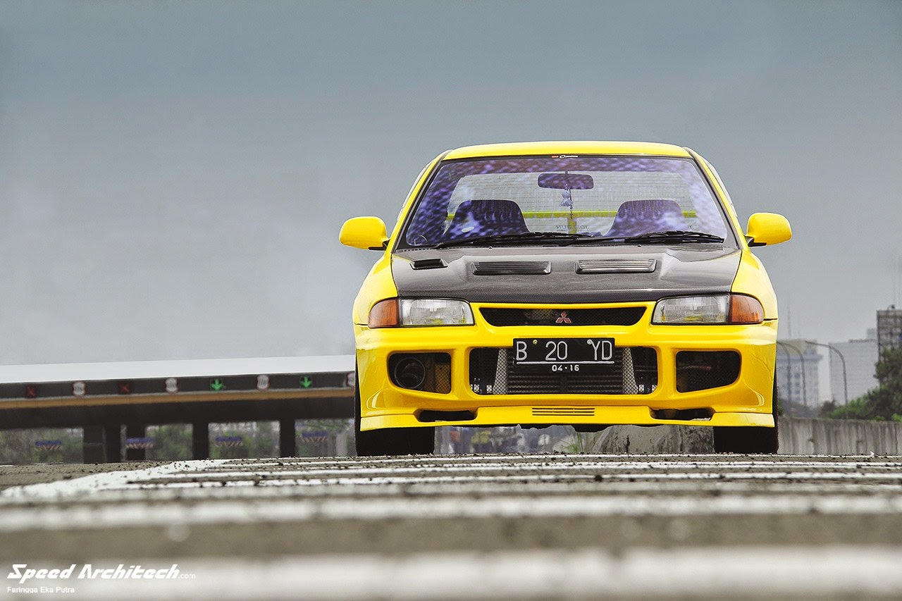 Gambar Mitsubishi Lancer Evolution Modifikasi Balapan Drag