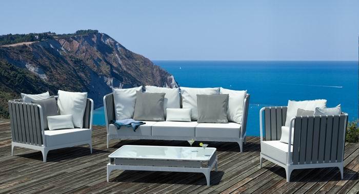Home and beauty mobili rio de exterior for Mobiliario 8 80
