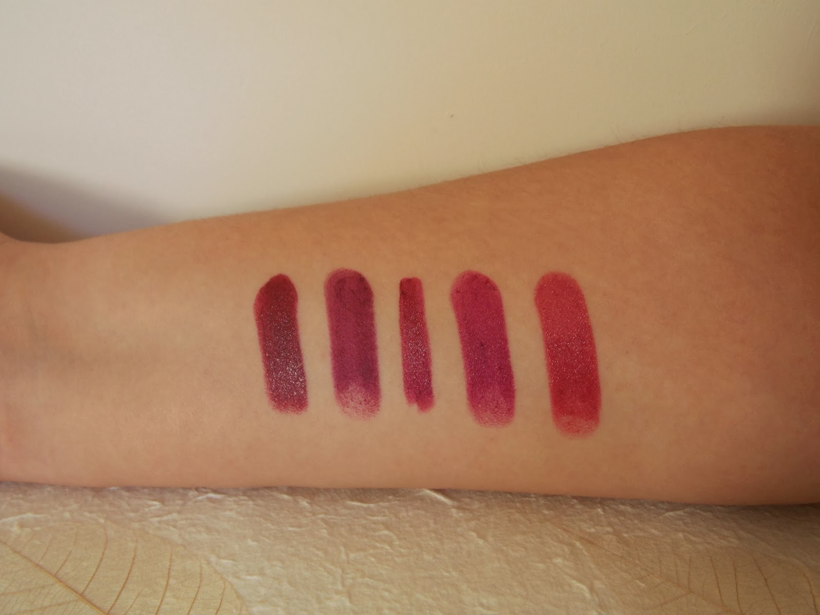 Swatches L-R MAC Dark Side, Illamasqua Shard, Nars Palais Royal, MAC Rebel & Illamasqua Magnetism