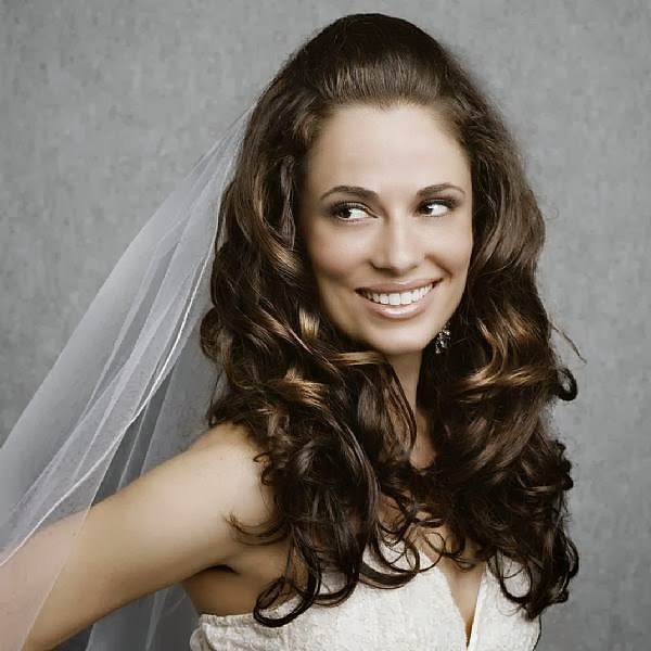 wedding hairstyles for curly hair Short Curly  Pictures For Naturally Curly Hair
