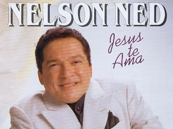 Morre aos 66 anos, cantor Nelson Ned, por complicações de uma infecção pulmonar.
