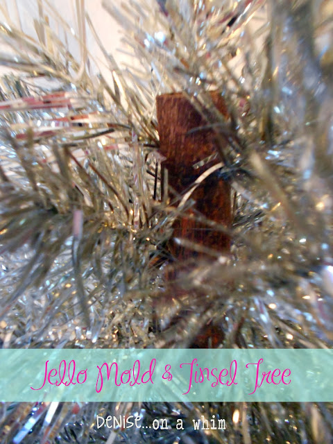 An old chair dowel becomes a Christmas tree via http://deniseoanwhim.blogspot.com