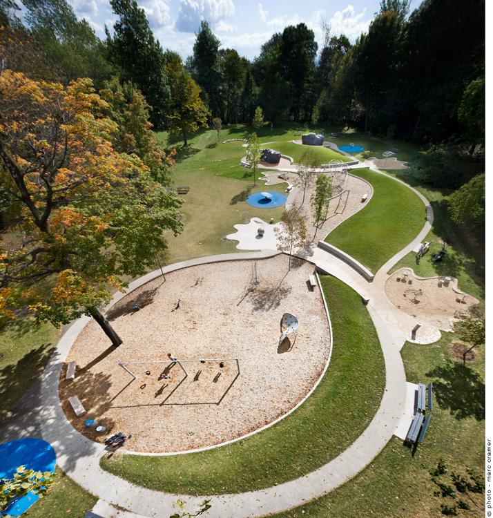Landscape Design In A Day: Parque Infantil En Montreal
