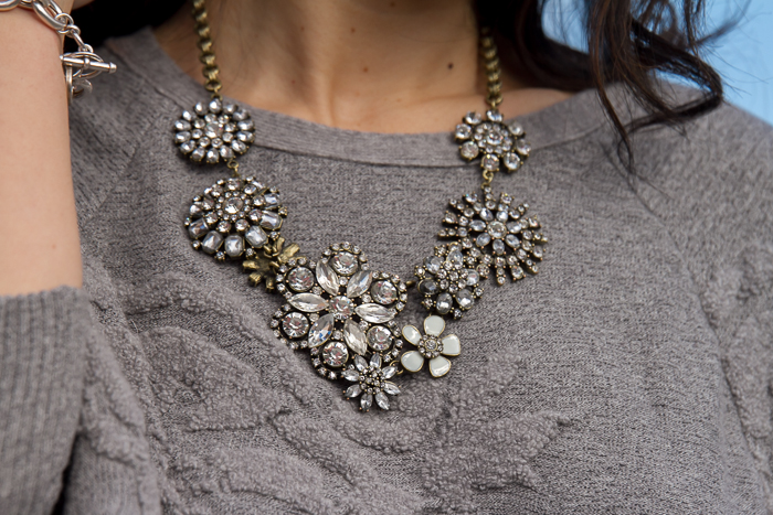 Collar de flores de Cristal Crystal Floral Necklace by Happiness Boutique
