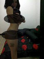 nikita+mirzani+topless+depan+cermin+1.jp