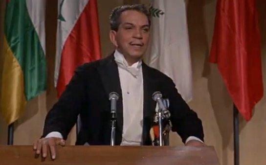 """Como ya Dijo Cantinflas Hace 40 Años: """"Ni los Colorados ni los Verdes"""""""
