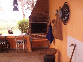 Vendo , Troco ou alugo Casa / Chácara - Brasil -foto churrasqueira