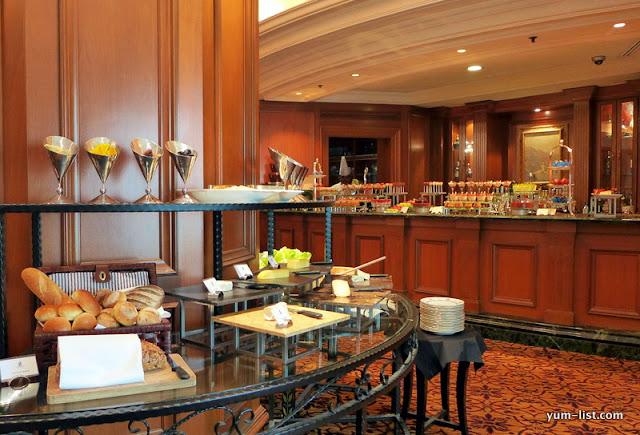 The Ritz-Carlton Kuala Lumpur, Bubbly Sunday Roast