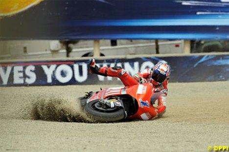 Valentino Rossi VS Casey Stoner Laguna Seca 2008