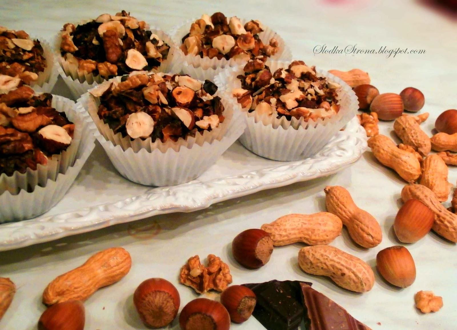 """Babeczki """"Brownies"""" z Orzechami - Przepis - Słodka Strona"""